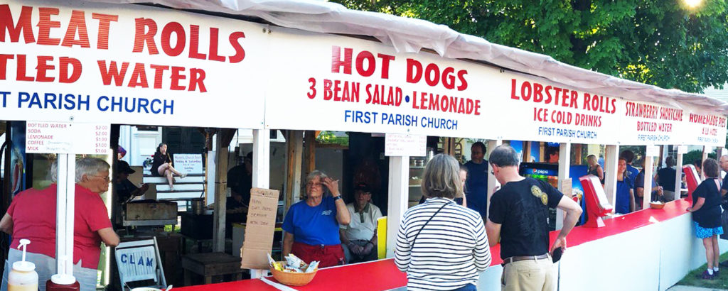 Yarmouth Clam Festival Vendors, Photo Credit: wikimedia common NewTestLeper79