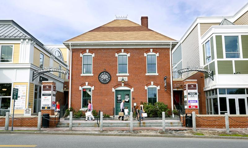 Freeport Village Station, Photo Credit: Tim Greenway